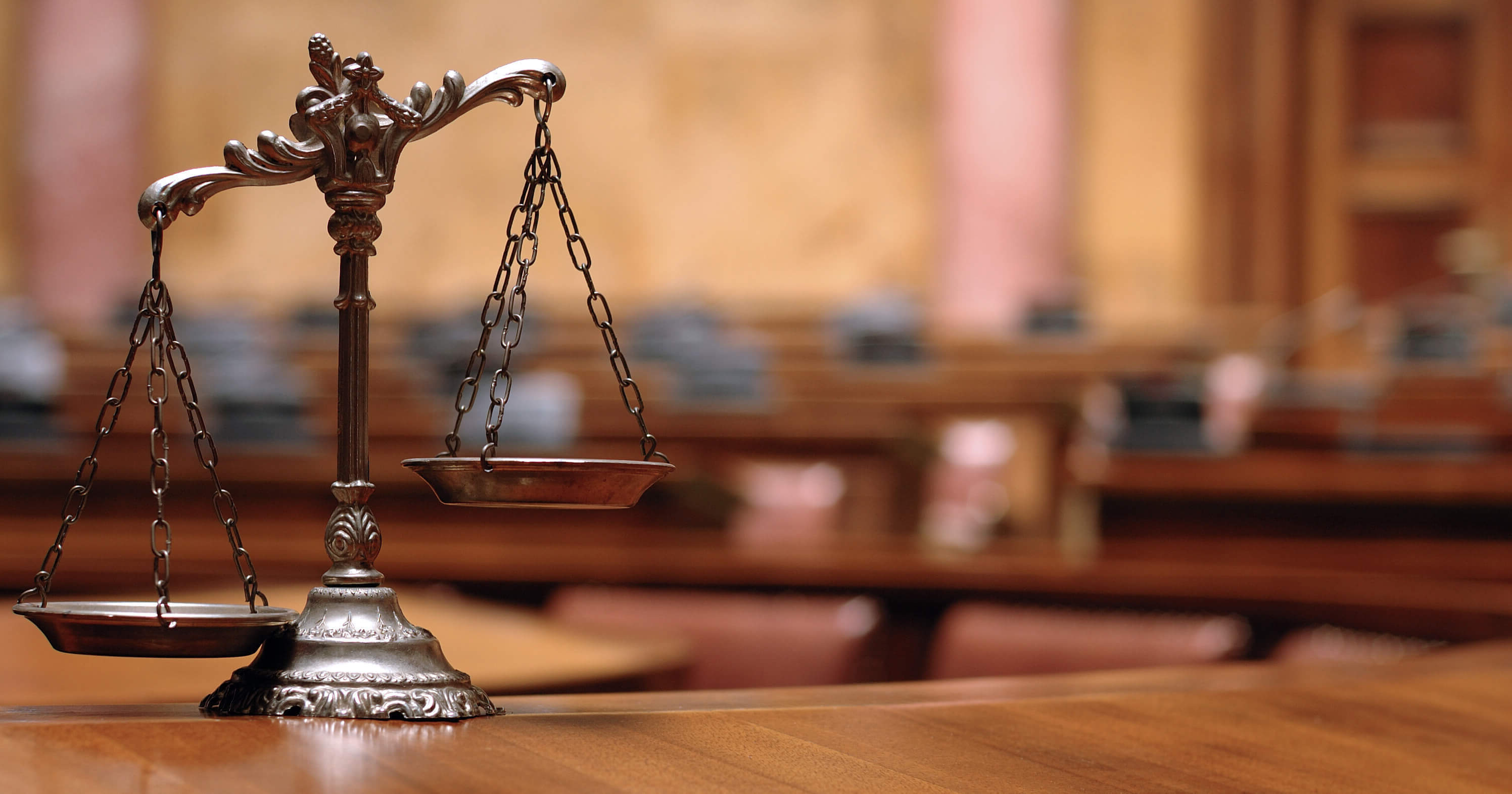 How to Select Corporate Lawyers in Saudi Arabia